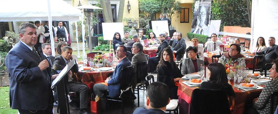 Gran convivencia de artistas e intelectuales en la FIVS Ciudad de México